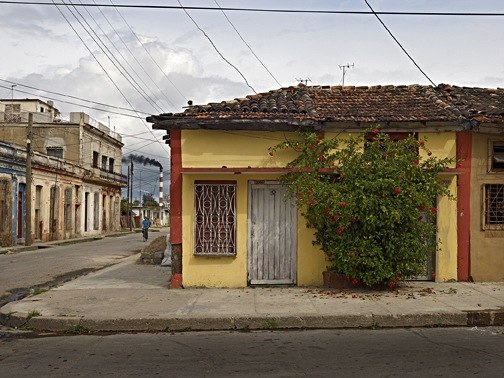 Street scene; Cienfuegos, Cuba; 2009; © Richard Sexton; from Creole World: Photographs of New Orleans and the Latin Caribbean Sphere (THNOC 2014)