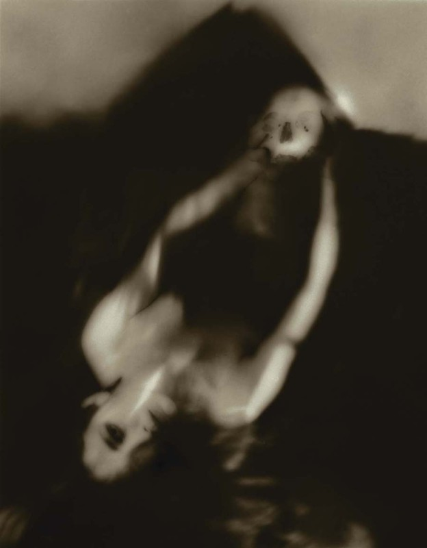 Josephine Sacabo - SUSANA Y LA MUERTE